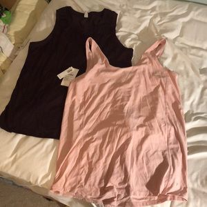 Two Old Navy workout tops